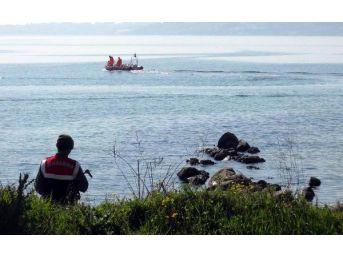 Erdek'te Tekne Alabora Oldu: 4 Kişi Kurtuldu, 1 Kişi Kayıp