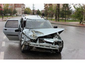 Edirne'de Yağmur Beraberinde Trafik Kazalarını Getirdi