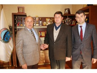 Taşköprü Belediyesi'nde Mart Ayı Personeli Ali Çelikkol Oldu