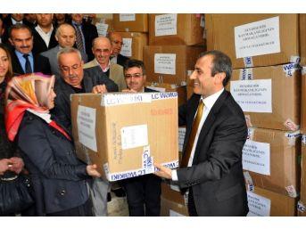 Seydişehir'de 8 Bin 542 Öğrenciye Giyecek Yardımı