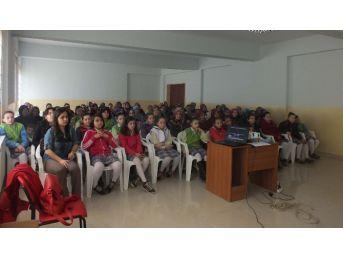 Alaplı'da Okullarda Ergenlik Dönemi Semineri