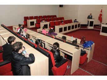 Öğrenciler Altındağ Belediyesi İle Aydınlandı