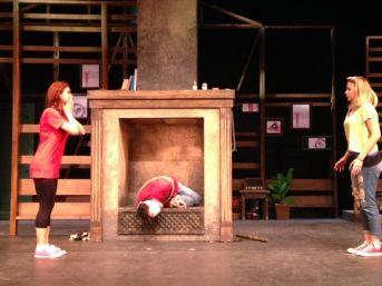 Devlet Tiyatrosu'ndan Kadına Yönelik Şiddete Karşı Oyun