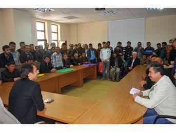 Ermenek'te İşsiz Kalan 80 İşçi Kaymakamla Görüştü
