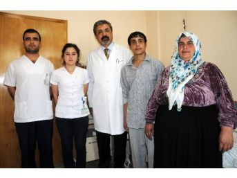 Suriyeli Türkmen Çocuk Meram Tıp'ta Nefes Aldı