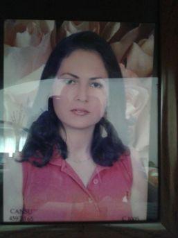 Adana'da Karısını Bıçaklayan Şahıs, Silahla Kendini Eve Kapattı
