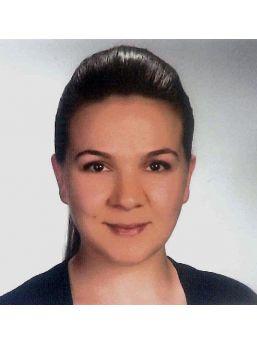 Belediye Sekreteri Evinde Intihar Etti