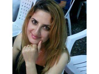 Uçakta Beyin Kanaması Geçiren Genç Kadın Öldü