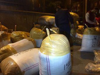 (özel Haber) Fatih'te Çalınan 500 Bin Dolarlık Tekstil Ürünü Kargoda Ele Geçirildi