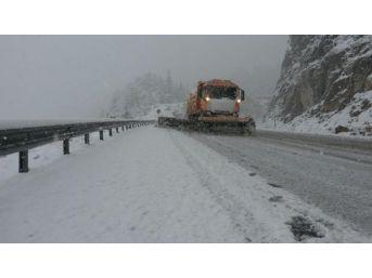 Konya- Antalya Karayolunda Ulaşıma Kar Engeli
