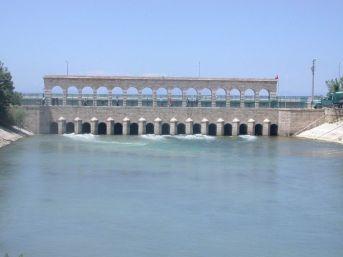 Tarihi Taş Köprü 24 Saat Canlı İzleniyor