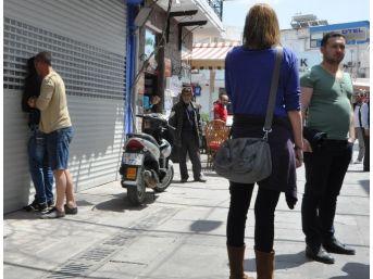 Bodrum'da Tacizciyi Çarşı Esnafı Yakaladı