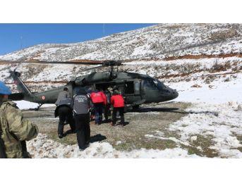 Mahsur Kalan 9 Çobana Helikopterle Ulaşıldı