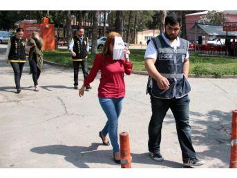 Polisten Müşteri Kılığında Fuhuş Baskını