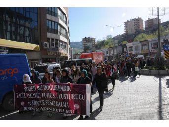 Hakkari'de İran Protestosu