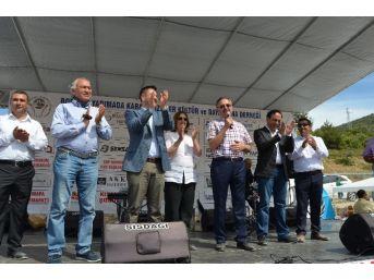 K Parti Adayları Karadenizliler Şenliğine Katıldı