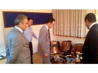 Tunceli Üniversitesi Rektörü İpek'ten Cemevi Ziyareti