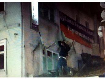 Bartın'da Hdp Binasına Saldırı