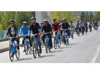 Tatvan'da Gençlik Haftası Etkinlikleri