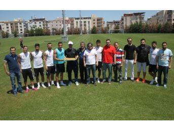 Spor Muhabirlerinden Manisaspor'a Destek Ziyareti