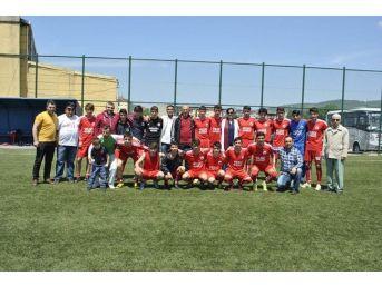 Saltukovaspor-u19 Futbol Takımı Şampiyon Oldu