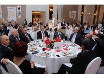 Başkan Yaşar, Osiad'ın Gecesine Katıldı