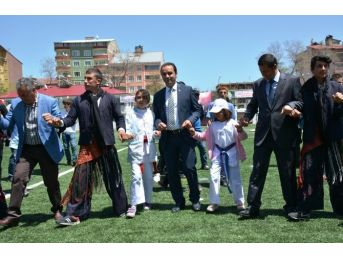 Tatvan'da 19 Mayıs Coşkusu