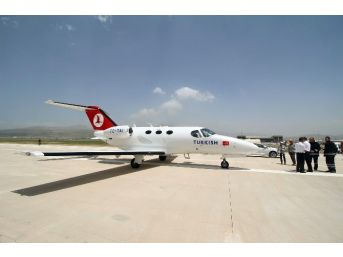 (özel Haber) - Yüksekova'ya İlk Uçak İndi