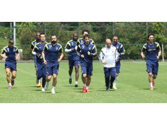 Fenerbahçe, İstanbul Başakşehir Maçı Hazırlıklarına Başladı