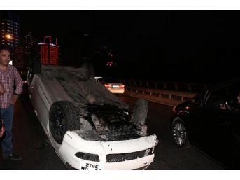 Maslak'ta Trafik Kazası: 5 Üniversite Öğrencisi Yaralandı