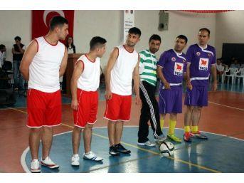 Aliağa'daki Çocuk Mahkumlar Için 19 Mayıs Kutlaması