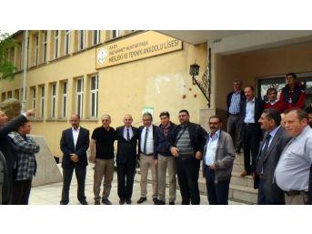 Ak Parti Milletvekili Adayı Mehmet Uçum 35 Yıl Önce Mezun Olduğu Okulu Ziyaret Etti