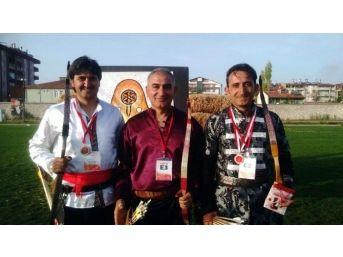 Geleneksel Okçuluk Türkiye Şampiyonu Akşehir'den