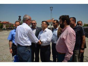 Milletvekili Adayı Ünal, Akşehir'de Destek İstedi