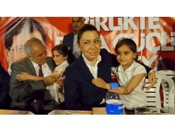 Ak Partili Adaylar, Özal Mahallesi'ni Ziyaret Etti
