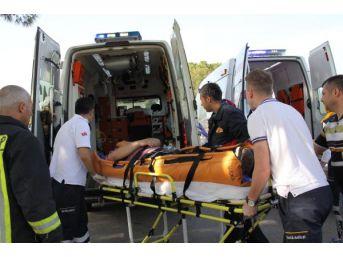 Otomobil Şerit Ihlali Yaptı: 5 Yaralı