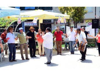 Mersin'de Aile Hekimlerinin Grevi Devam Ediyor
