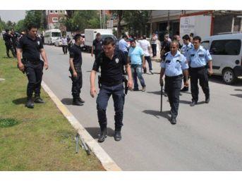 Adliye Çıkışında Kavgayı Polis Sonlandırdı