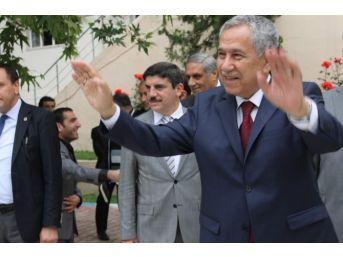 Başbakan Yardımcısı Arınç: