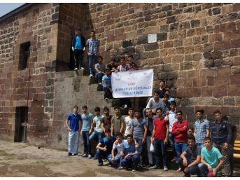 Gençler Bitlis'i Gezdi
