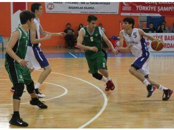 Genç Erkekler Türkiye Basketbol Şampiyonası'nda Finalistler Belli Oldu