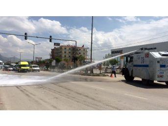 Van'da Trafik Kazası: 18 Yaralı