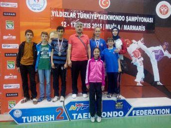 Sorgun Belediyespor Tekvandocuları Madalya İle Döndü