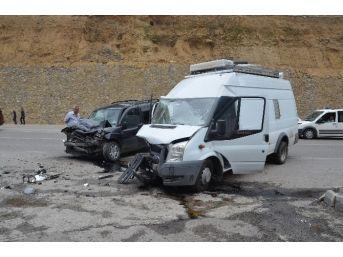 (özel Haber) İki Kişinin Yaralandığı Kaza Güvenlik Kamerasında