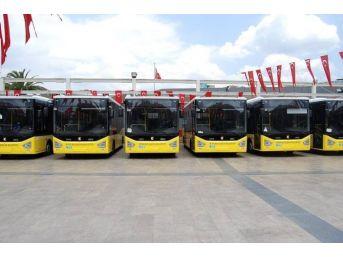 Büyükşehir Belediyesi Otobüsleri Kuşadası Seferinde