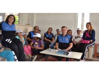 Toplum Destekli Polislerden, Bakıma Muhtaç Yaşlılara Ziyaret