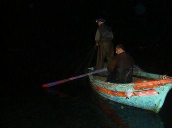 Jandarmadan Kaçak Balık Avına Geçit Yok
