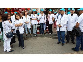 Eczacılardan, Kanser İlaçlarının Hastanelerde Satılmasına Protesto