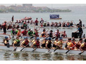 Küçükçekmece Gölü'nde Su Festivali