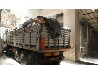 İzmir'de 764 Bin Paket Kaçak Sigara İmha Edildi